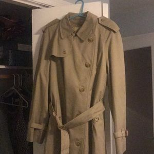 AUTHENTIC Burberry vintage trench!!